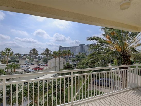 Condo, Contemporary - CLEARWATER, FL (photo 3)