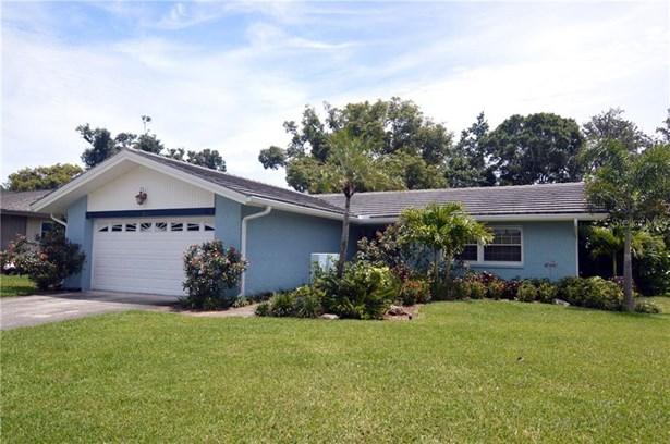 Single Family Residence, Ranch - SEMINOLE, FL