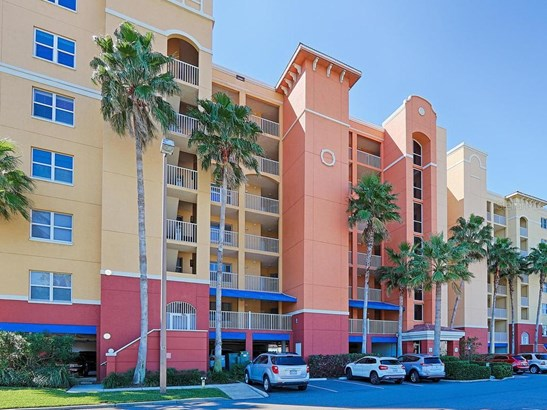 Condominium, Florida - NORTH REDINGTON BEACH, FL