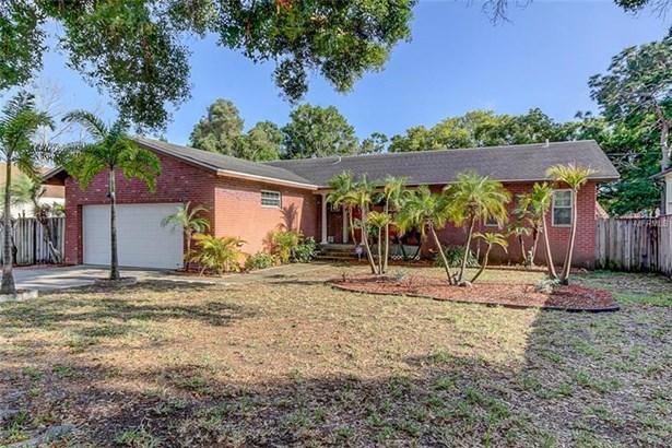 Single Family Residence, Custom - SAINT PETERSBURG, FL (photo 2)