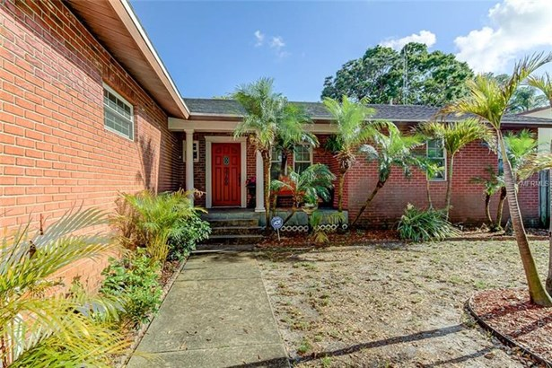 Single Family Residence, Custom - SAINT PETERSBURG, FL (photo 3)