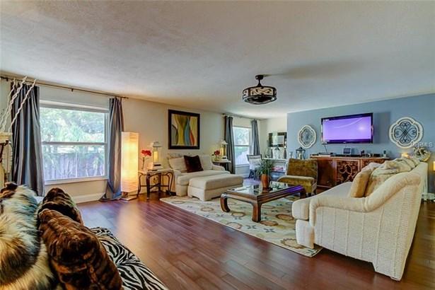 Single Family Residence, Custom - SAINT PETERSBURG, FL (photo 5)