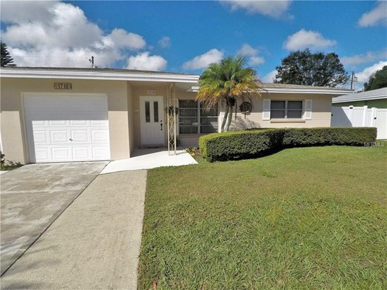 Single Family Residence - CLEARWATER, FL
