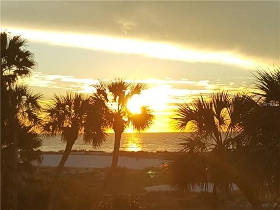 Condominium - CLEARWATER BEACH, FL (photo 1)