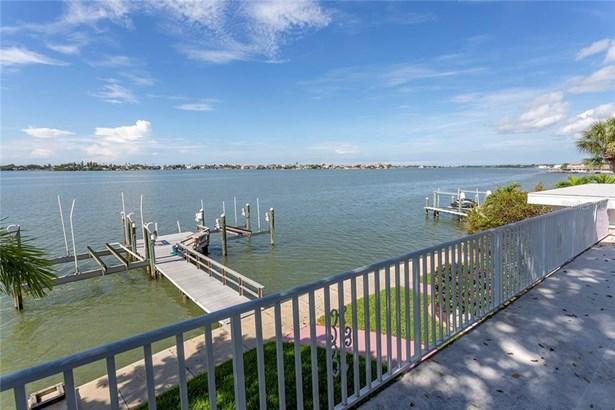 Single Family Residence, Florida - ST PETERSBURG, FL