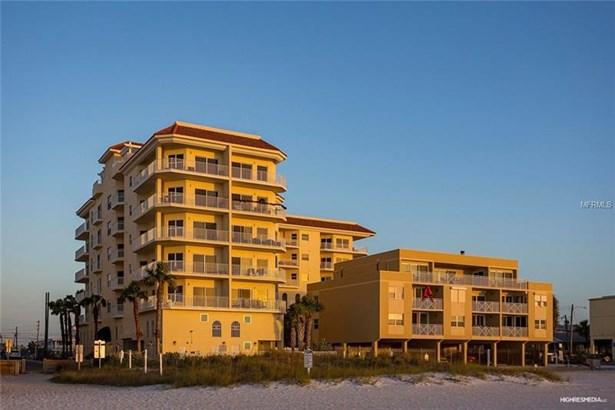 Condo, Contemporary,Florida - CLEARWATER BEACH, FL (photo 2)
