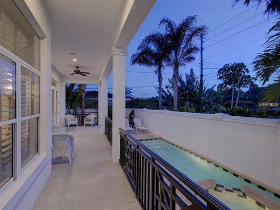 Single Family Home, Contemporary,Florida - BELLEAIR BEACH, FL (photo 3)
