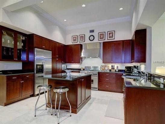 Single Family Home, Contemporary,Florida - BELLEAIR BEACH, FL (photo 5)