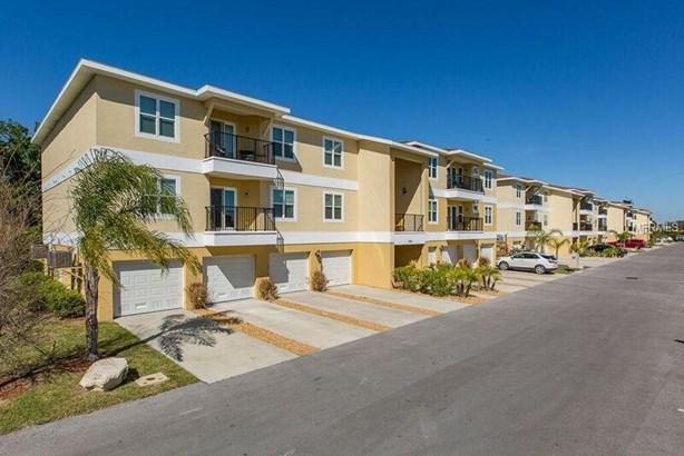 Condo, Florida - NEW PORT RICHEY, FL (photo 2)