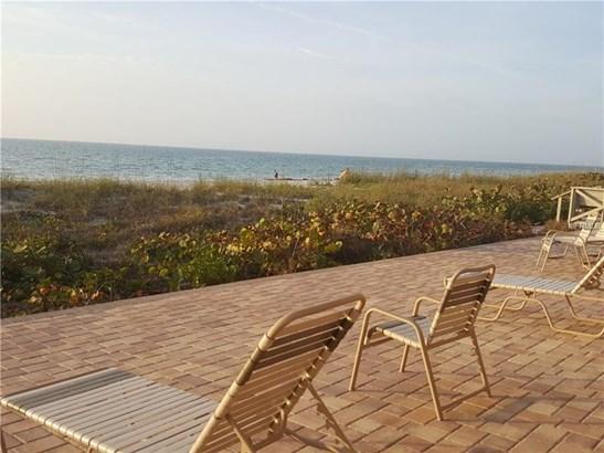 Condominium - BELLEAIR BEACH, FL (photo 4)