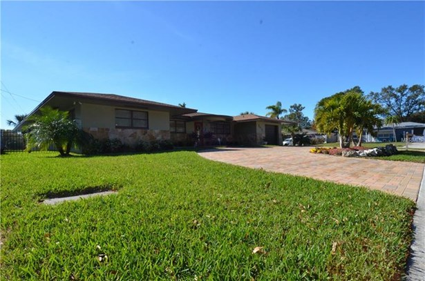 Single Family Home, Florida,Ranch - ST PETERSBURG, FL (photo 3)