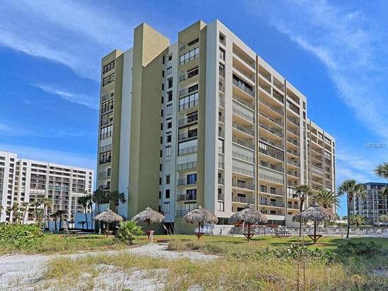 Condominium, Traditional - CLEARWATER BEACH, FL