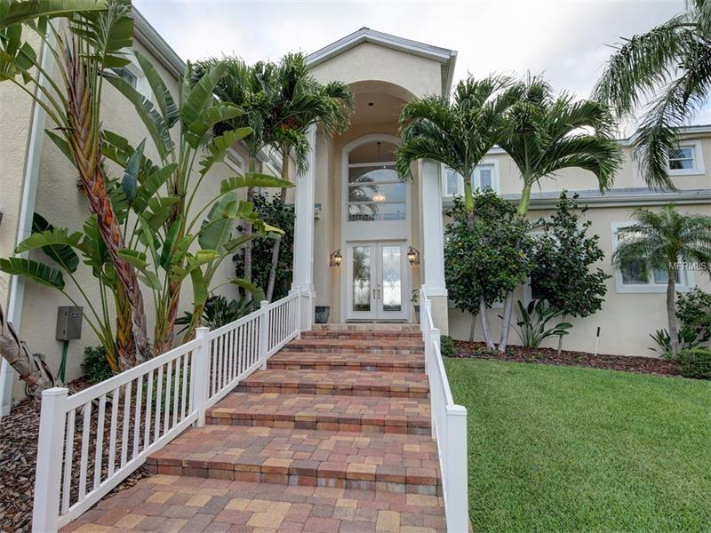 Single Family Home, Contemporary - BELLEAIR BEACH, FL (photo 4)
