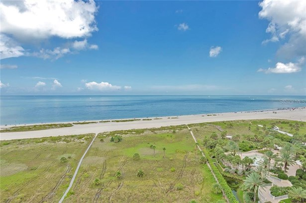 Condominium, Florida - CLEARWATER, FL