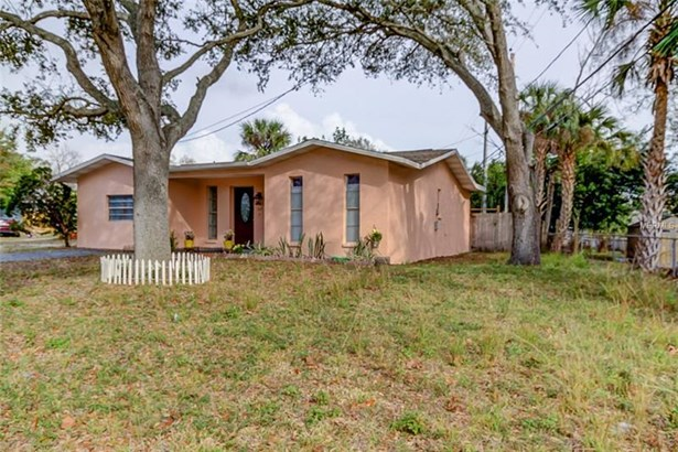 Single Family Home, Ranch - CLEARWATER, FL (photo 2)