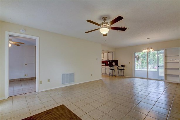 Single Family Home, Ranch - CLEARWATER, FL (photo 3)
