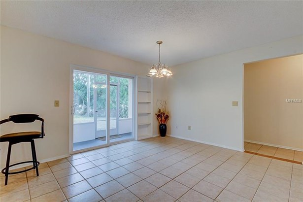 Single Family Home, Ranch - CLEARWATER, FL (photo 5)