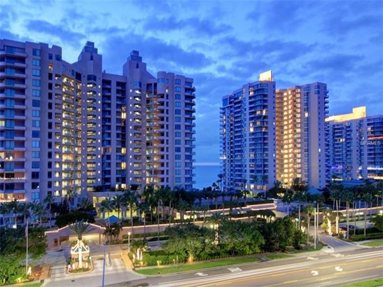 Condo, Traditional - CLEARWATER BEACH, FL (photo 1)