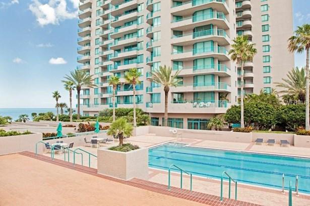 Condominium, Contemporary,Florida - CLEARWATER BEACH, FL (photo 2)