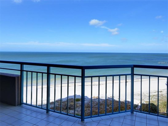 Condo, Traditional - CLEARWATER BEACH, FL (photo 3)