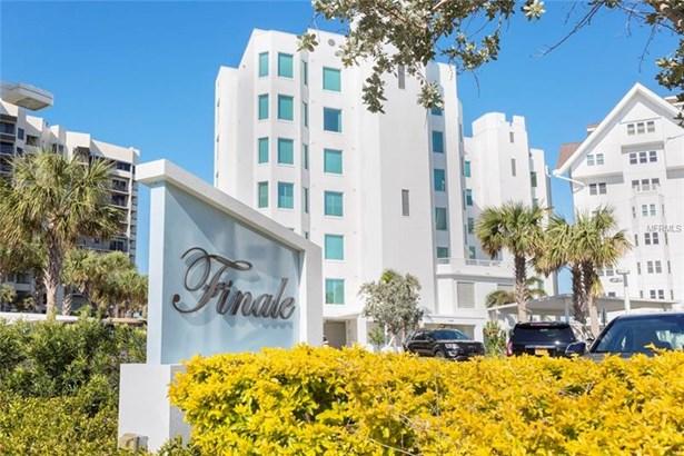 Condominium, Contemporary - CLEARWATER BEACH, FL (photo 1)