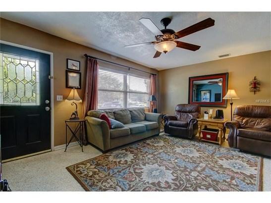Single Family Home, Traditional - LARGO, FL (photo 4)