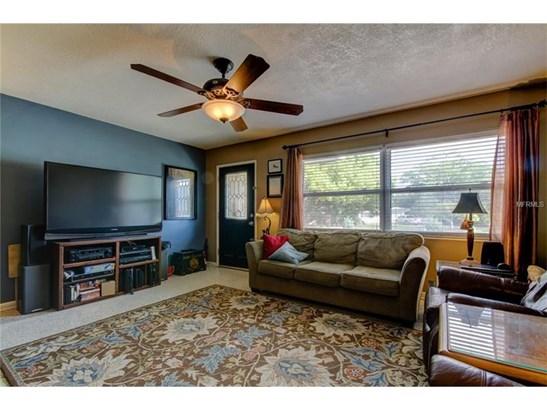 Single Family Home, Traditional - LARGO, FL (photo 5)