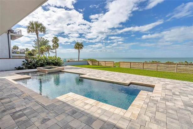 Single Family Residence, Contemporary,Other - BELLEAIR SHORES, FL