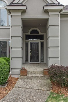 Front entry. (photo 2)