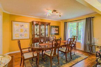 Formal dining room. (photo 3)