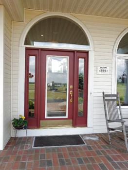 Inviting front entrance. (photo 4)