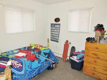 Two large bedrooms. (photo 4)