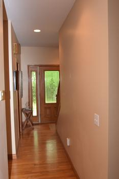 Here's the hallway taking you to the kitchen area. (photo 5)