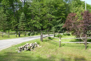 With this long and winding driveway, you'll have total privacy. (photo 2)