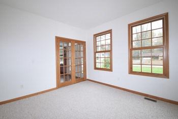 Living room (or den) off the foyer. (photo 2)