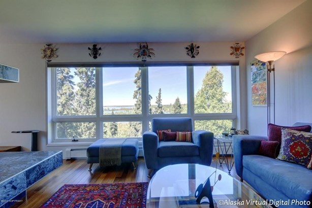 1381 Hillcrest Drive #201, Anchorage, AK - USA (photo 4)