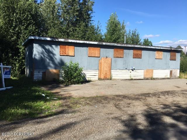 915 E 78th Avenue, Anchorage, AK - USA (photo 2)
