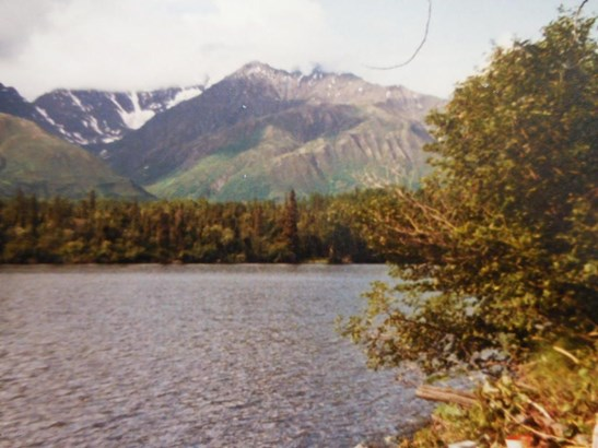 L8 B2 Bench Lake, Chickaloon, AK - USA (photo 1)