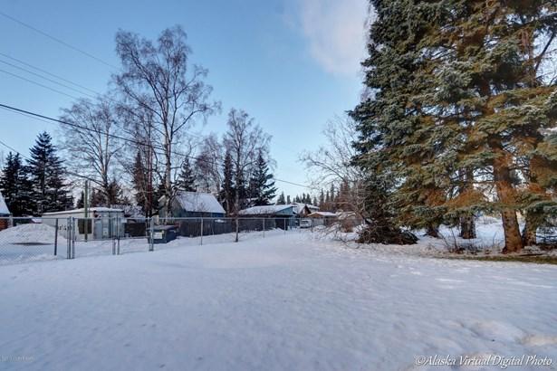3308 Greenland Drive, Anchorage, AK - USA (photo 4)