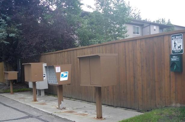 460 E 56th Avenue #4f, Anchorage, AK - USA (photo 4)