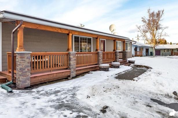 2551 Lyvona Lane, Anchorage, AK - USA (photo 2)