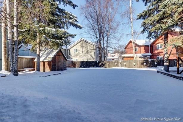6125 Eastwood Court, Anchorage, AK - USA (photo 4)