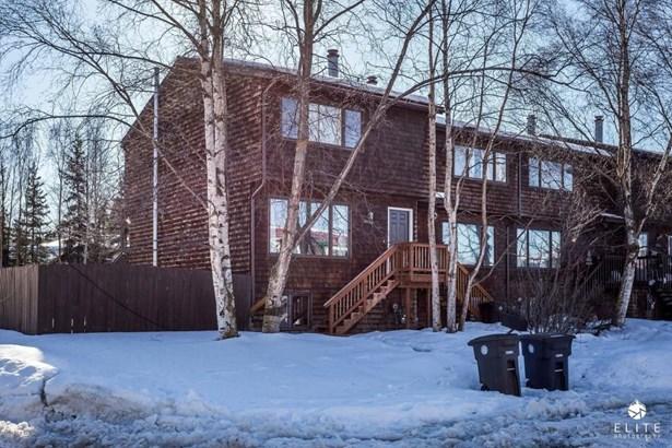 3822 Carleton Avenue, Anchorage, AK - USA (photo 2)