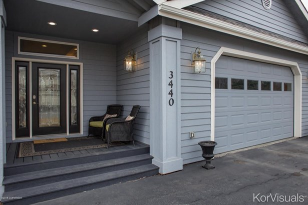 3440 Hines Circle, Anchorage, AK - USA (photo 2)