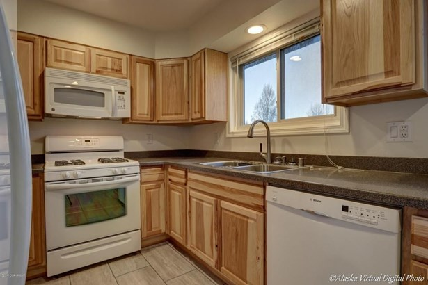 8701 Ange Street, Anchorage, AK - USA (photo 4)