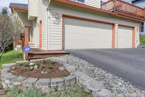 6735 Queens View Circle, Anchorage, AK - USA (photo 2)