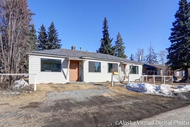 1809 Cleveland Avenue, Anchorage, AK - USA (photo 1)