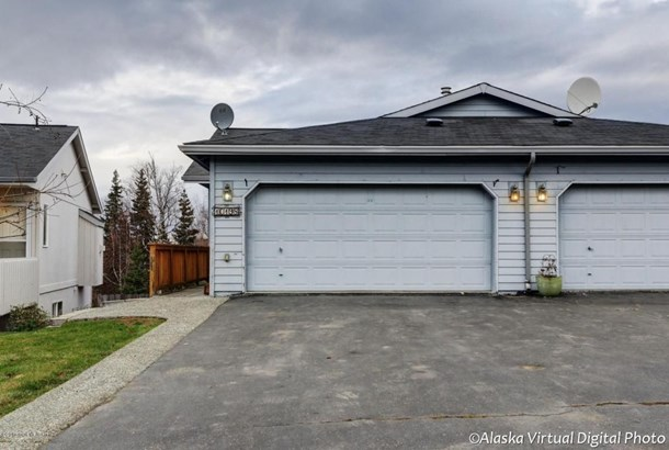 10198 Valley Park Drive, Anchorage, AK - USA (photo 1)