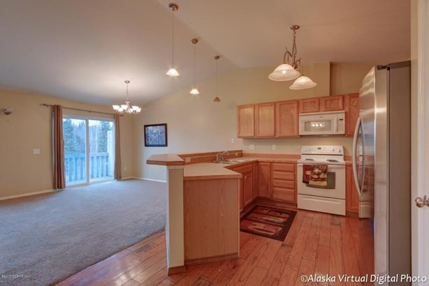 10198 Valley Park Drive, Anchorage, AK - USA (photo 3)