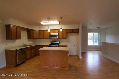 202 E 56th Avenue, Anchorage, AK - USA (photo 2)
